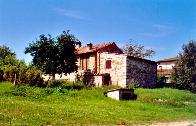 Little House On Toscana Photograph 1476110