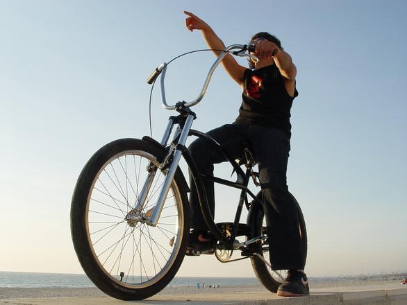 kim biker