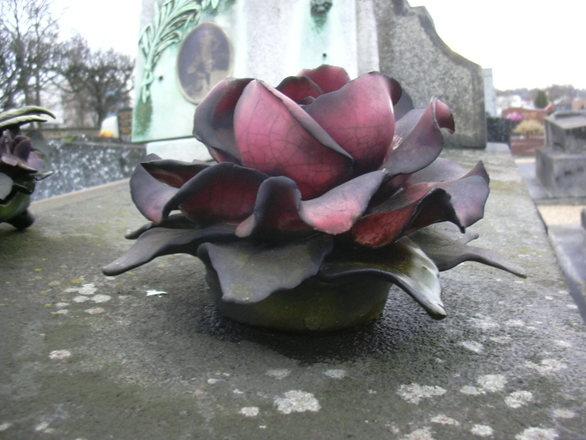 cemetery flowers 4