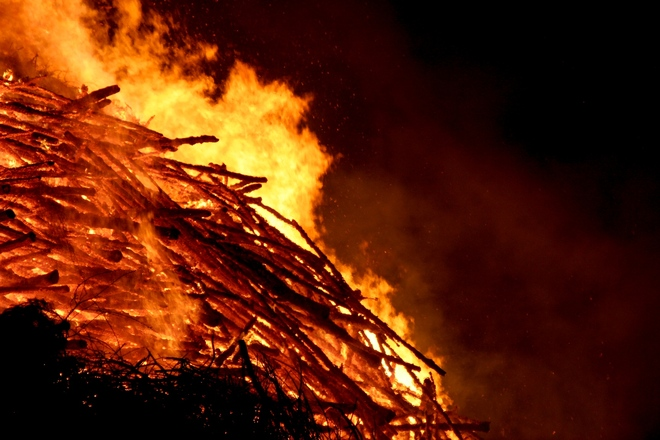 Easter Fire 2009 Espelo 11