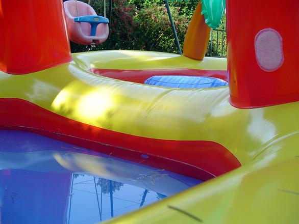 kids plastic pool 2