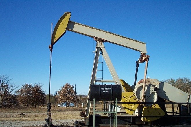 Free Oilfield Pump Jack 4 Stock Photo Freeimages Com