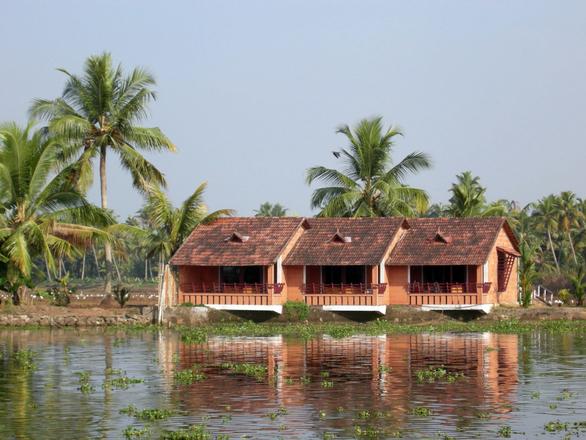 Backwaters Restorts 1