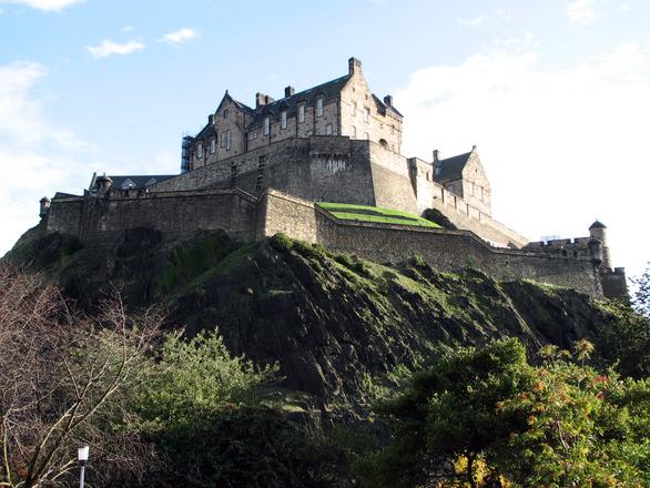 Edinburgh Castle 2