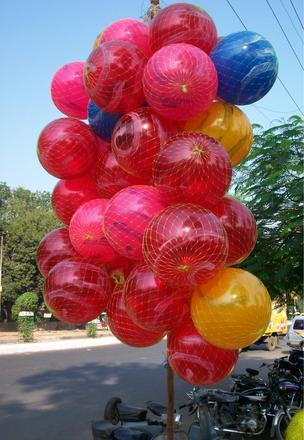 закатанные шары в член фото