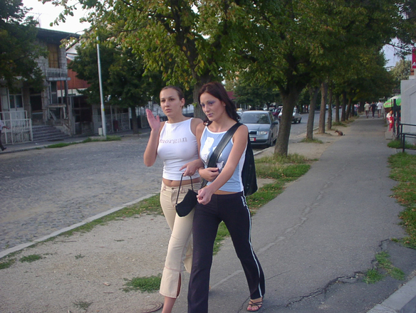 girls from rumania - 3