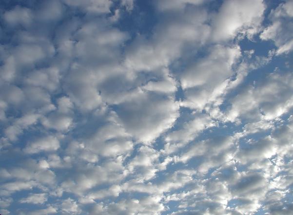 clouds in Pisa