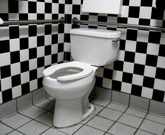black and white tiled bathroom