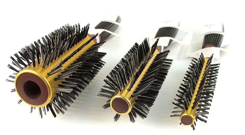 Hairbrush 04