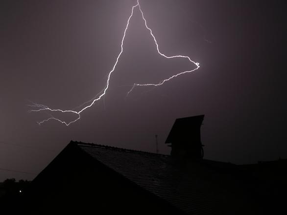 Lightning in Costesti