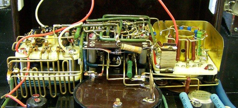 Old fashion multimeter inside
