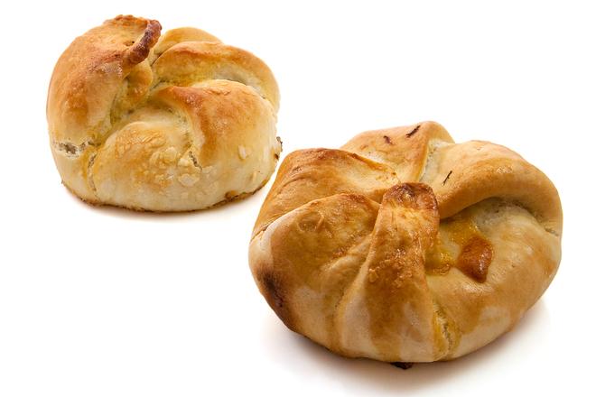 Homemade vegetarian pastry 3
