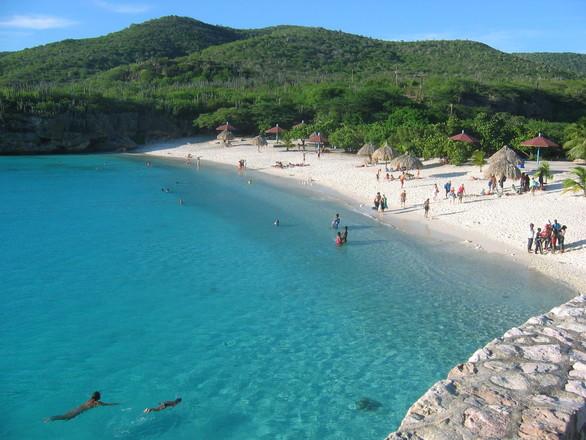 curacao beaches 2