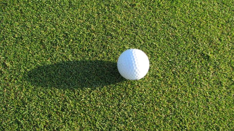 golf hole 1