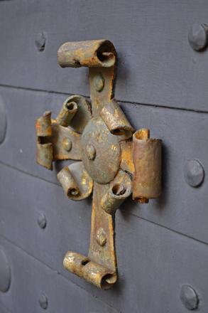A rusty cross