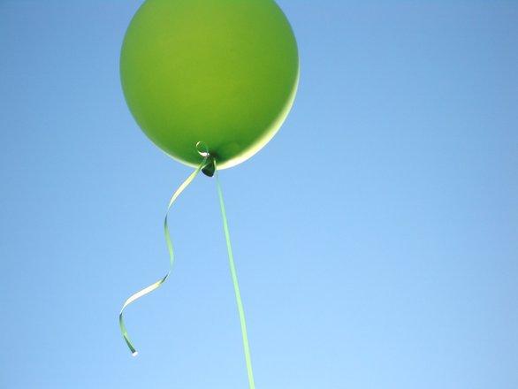 green-balloon-1198277.jpg