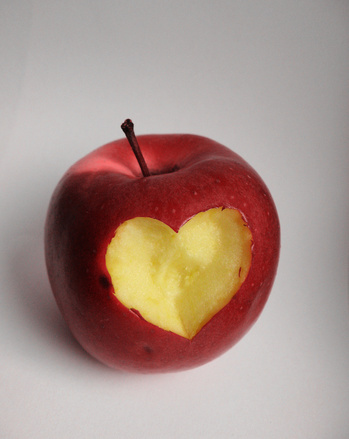 apple_heart 2