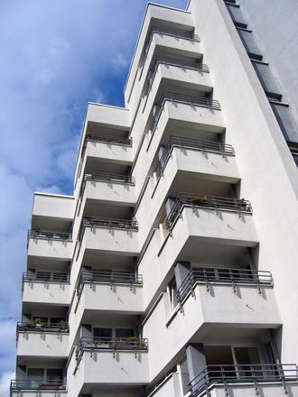 apartment balcony skyscraper 2