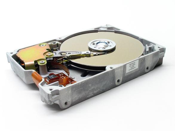 Восстановление информации с жестких дисков своими руками