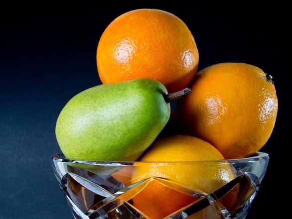 fruits in vase 2