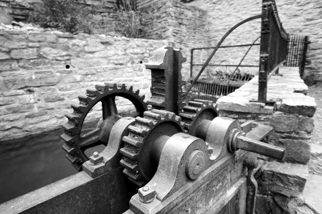 Weir Gear