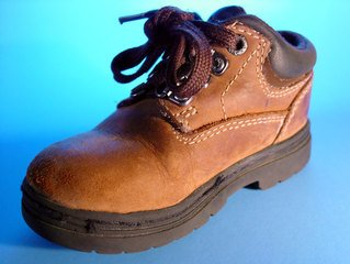 leather-shoe-1484670.jpg