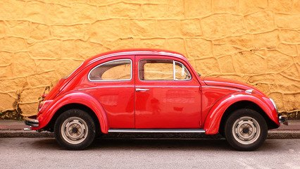 Car Insurance - Why Older Cars For Teens Make Sense