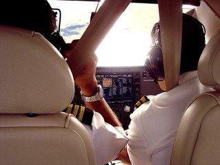 pilot,airplane,fly,sky