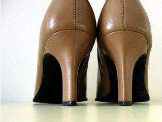 shoes,shoe,human hand,people