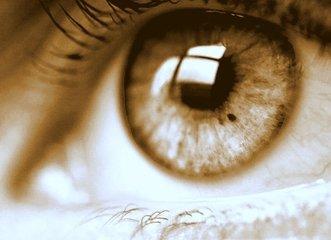 green eyes 2