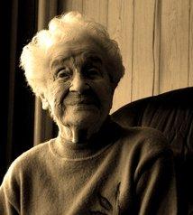 old-lady-1538161.jpg
