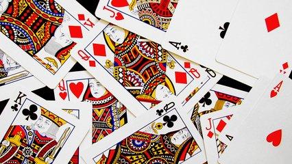 playing-cards-1244705.jpg