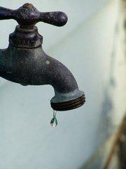 drippy-faucet-2-1232021.jpg