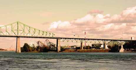 jacques-cartier-bridge-1224906.jpg