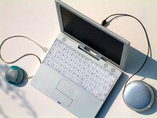 Как позаботиться о зарядном устройстве для ноутбука?