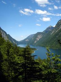 Bavarian_Mountain_Lake