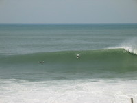 Surfing Orrua