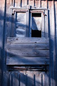 Vilk Window 1