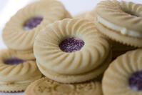Raspberry Cream Cookies