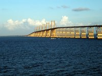 Puente sobre el lago de Maraca