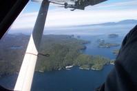 flyin in a little sea plane 5