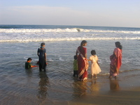 indian people at mamallapuram