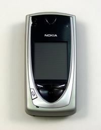 Nokia 7650 closed