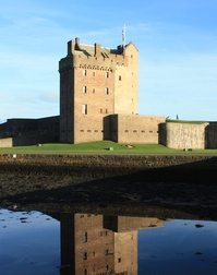 Broughty Ferry Castle 1