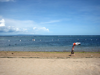 White Sandy Beach 2