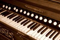 Vintage Piano 1