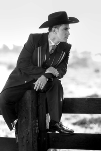 Cowboy Groom with hat! 4