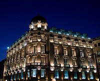 Edificio nocturno