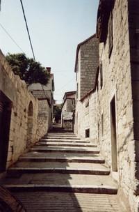 passage to upwards
