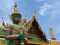 Guard at Wat Phra Kaeo 1